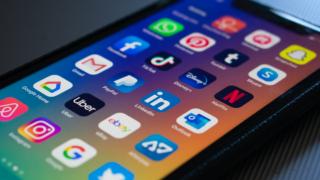 #COVID19 : Une explosion des usages médias et sociaux pour certains services numériques (1/4)
